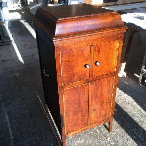 Grammophon nach Restaurierung