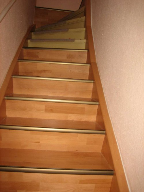 Treppenbelegung mit Buche Parkett